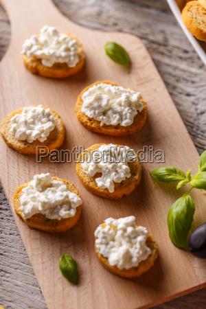 bruschetta sandwich with cottage cheese