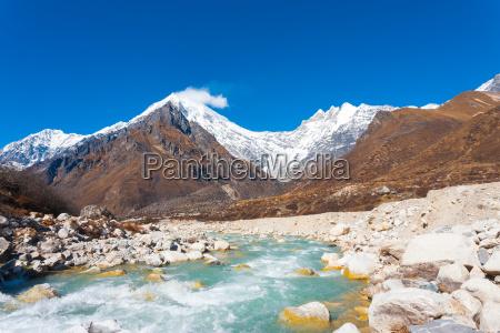 langtang lirung peak himalaya mountains river