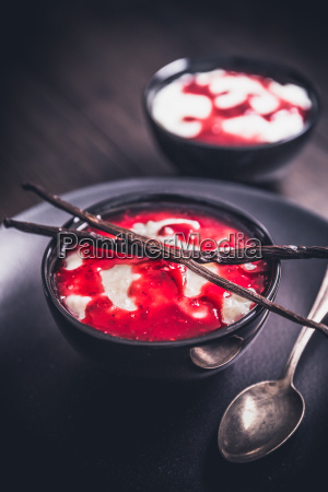 rice pudding with raspberry sauce and