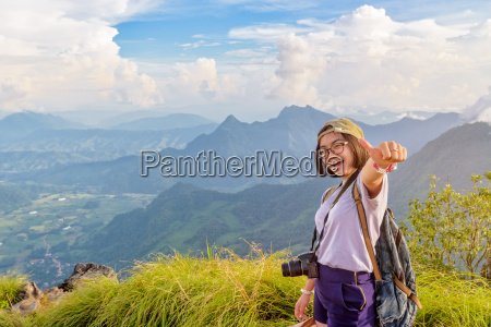 hiker girl with happy on phu