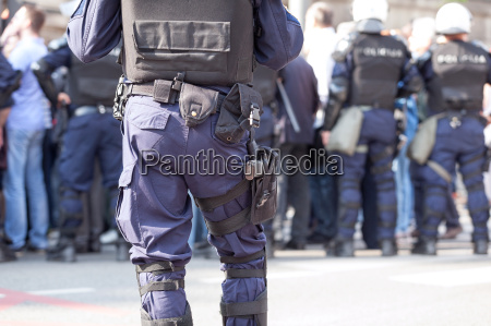 police officer on duty counter terrorism