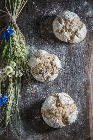 healthy wholemeal buns with ears of