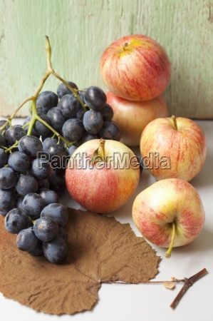 black grapes organic apples and an