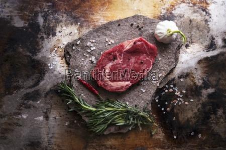 a beef steak salt garlic a