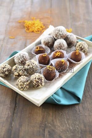 a plate of vegan bliss balls