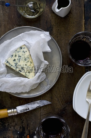 blue cheese honey wine
