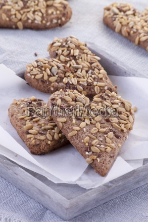 wholemeal biscuits with sunflower seeds and