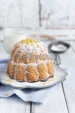 vegan lemon cake with icing sugar