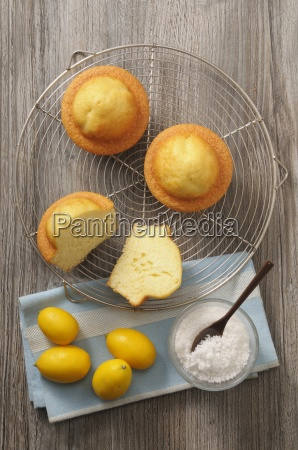 moelleux citron french lemon cakes with