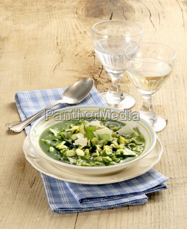 minestra verde green vegetable soup italy