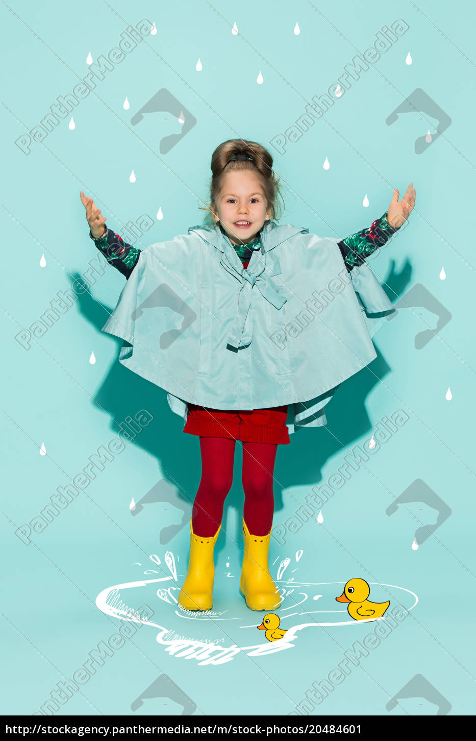 little, girl, posing, in, fashion, style - 20484601