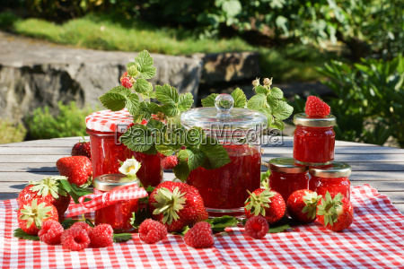 strawberries beautifully decorated