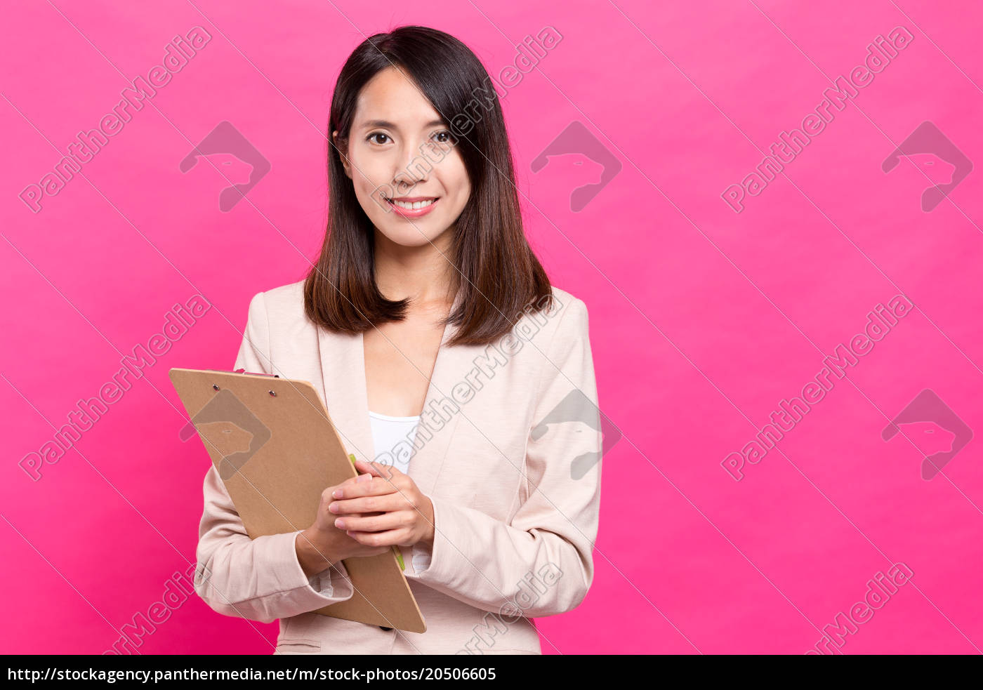businesswoman, hold, with, clipboard - 20506605