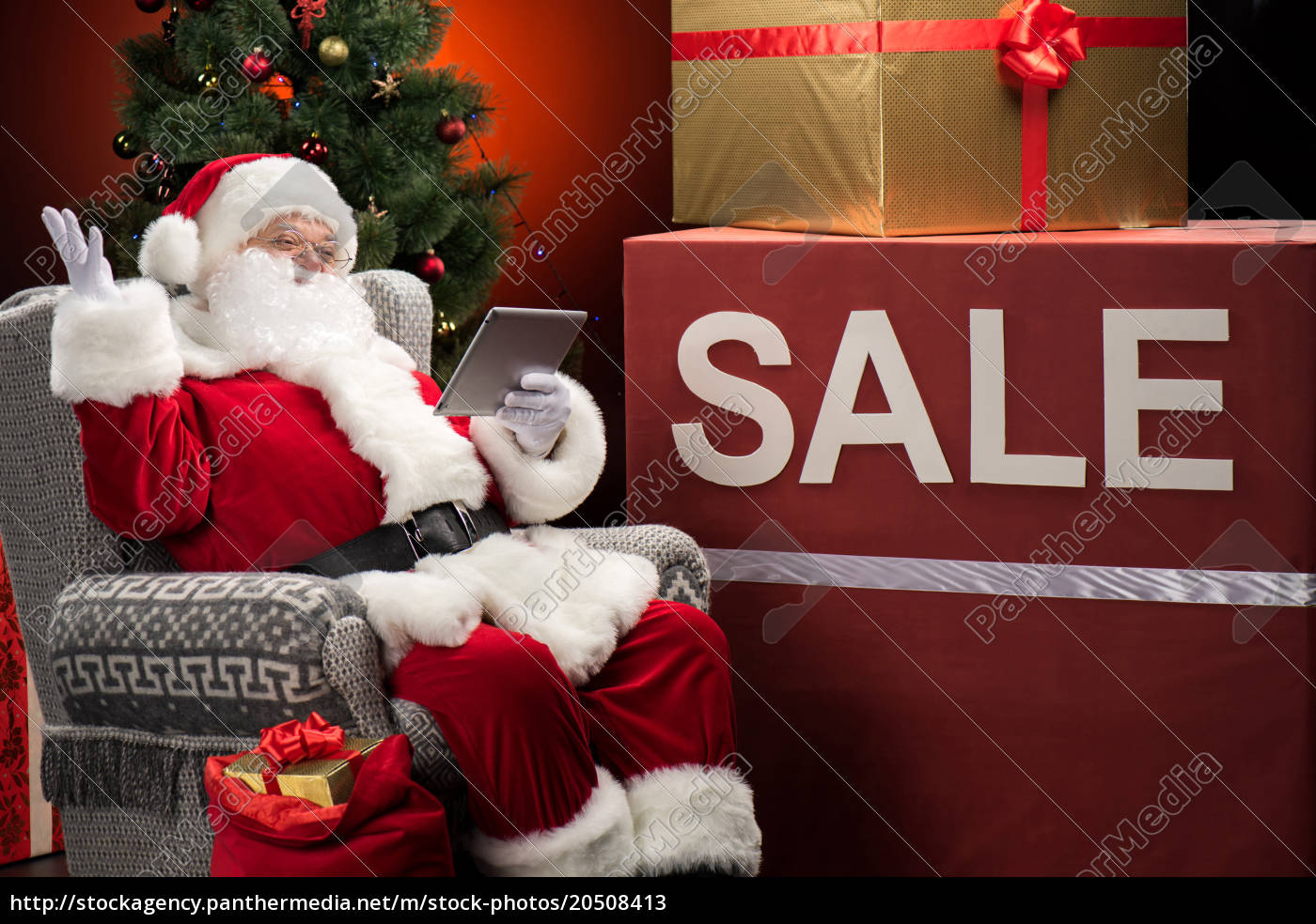 santa, claus, with, sale, sign - 20508413