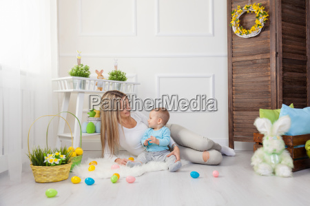 delighted, mother, and, her, child, enjoying - 20512639
