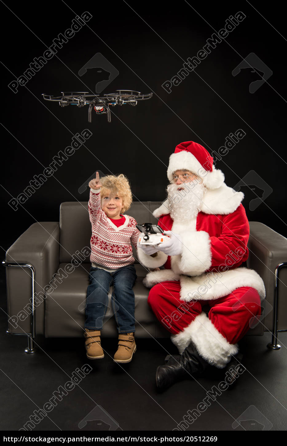 santa, claus, using, hexacopter, drone, with - 20512269