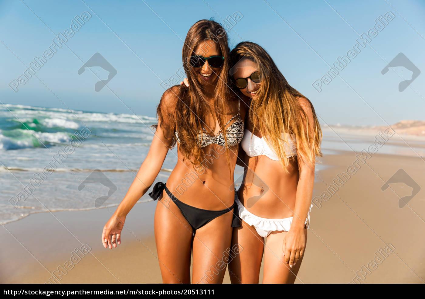 a, day, on, the, beach - 20513111