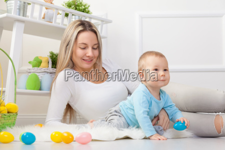 delighted, mother, and, her, child, enjoying - 20513613
