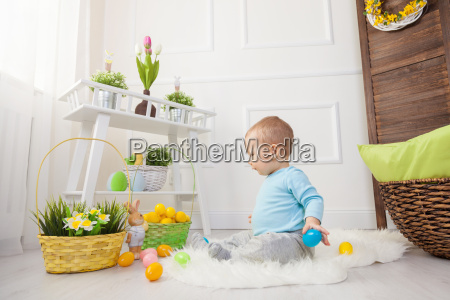 easter, egg, hunt., adorable, child, playing - 20513587