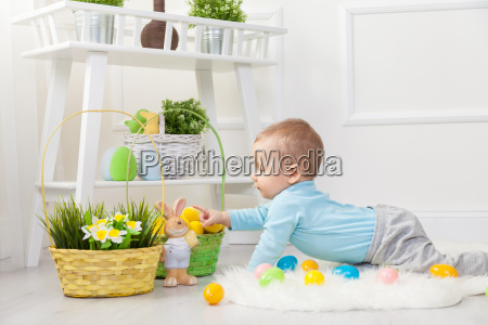easter, egg, hunt., adorable, child, playing - 20513625