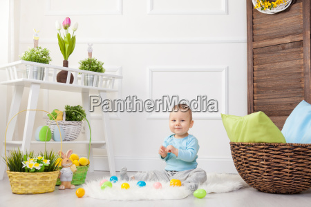 easter, egg, hunt., adorable, child, playing - 20513627