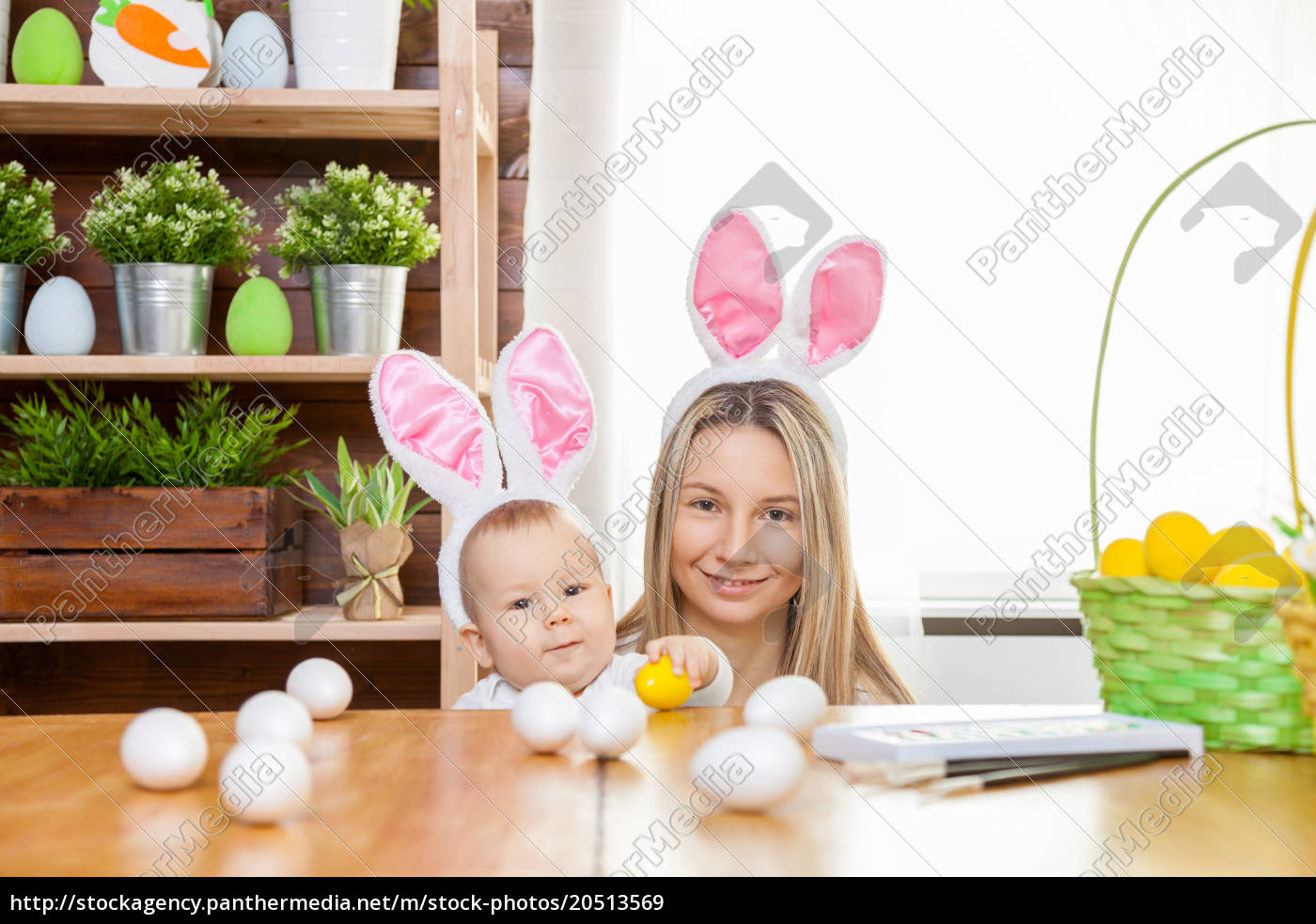 happy, mother, and, her, cute, child - 20513569
