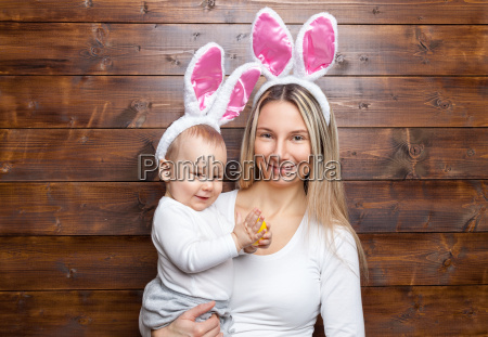 happy, mother, and, her, cute, child - 20513585