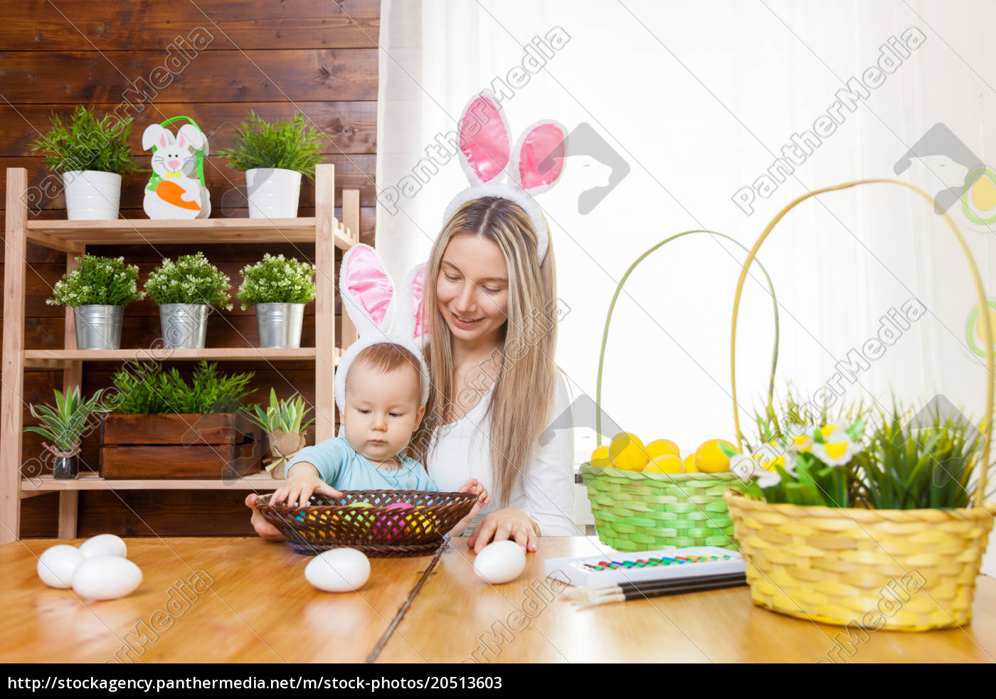 happy, mother, and, her, cute, child - 20513603