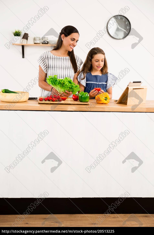 having, fun, in, the, kitchen - 20513225