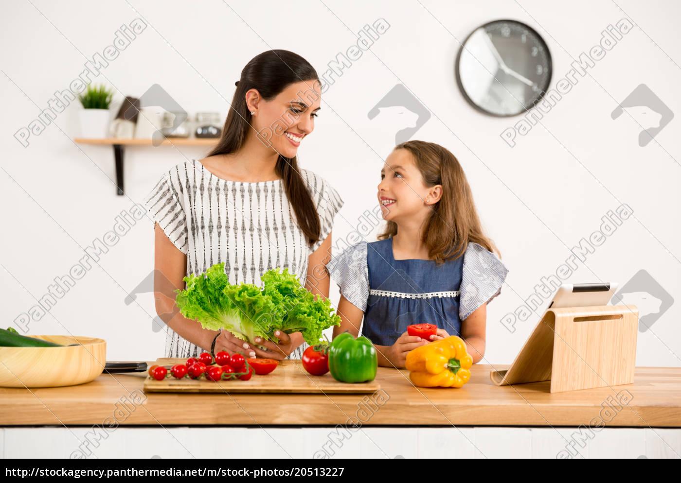 having, fun, in, the, kitchen - 20513227
