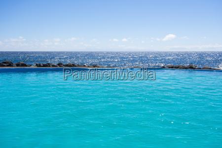 swimming pool on coast at los