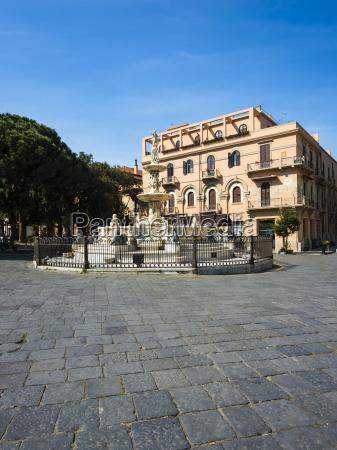 italy sicily messina piazza duomo with