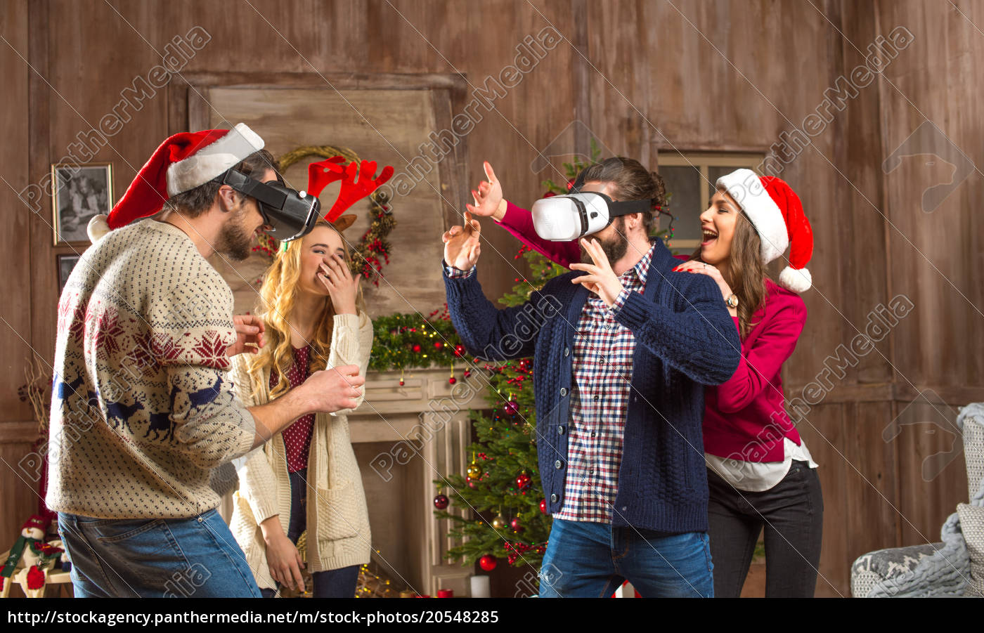 people, using, virtual, reality, headsets - 20548285