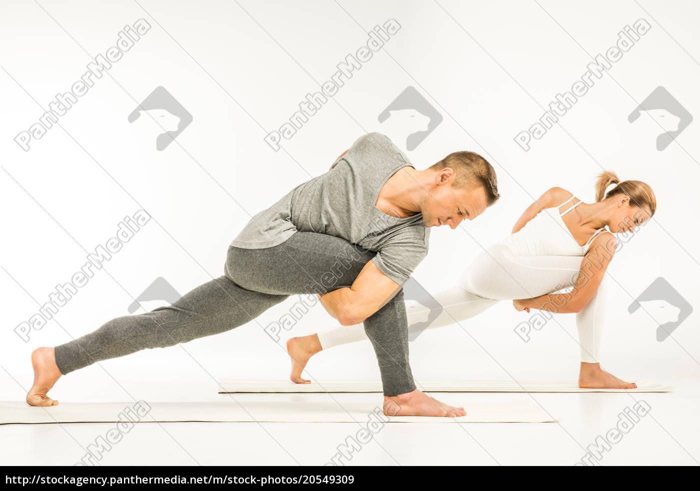 couple, practicing, yoga - 20549309