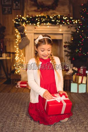girl, opening, christmas, present - 20549599