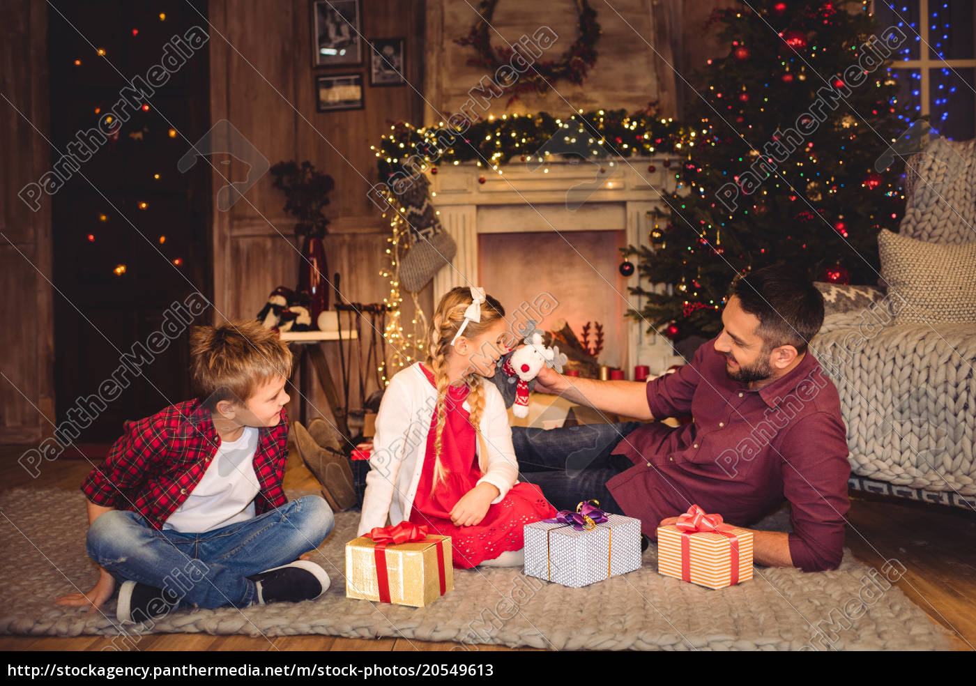 happy, father, with, children - 20549613