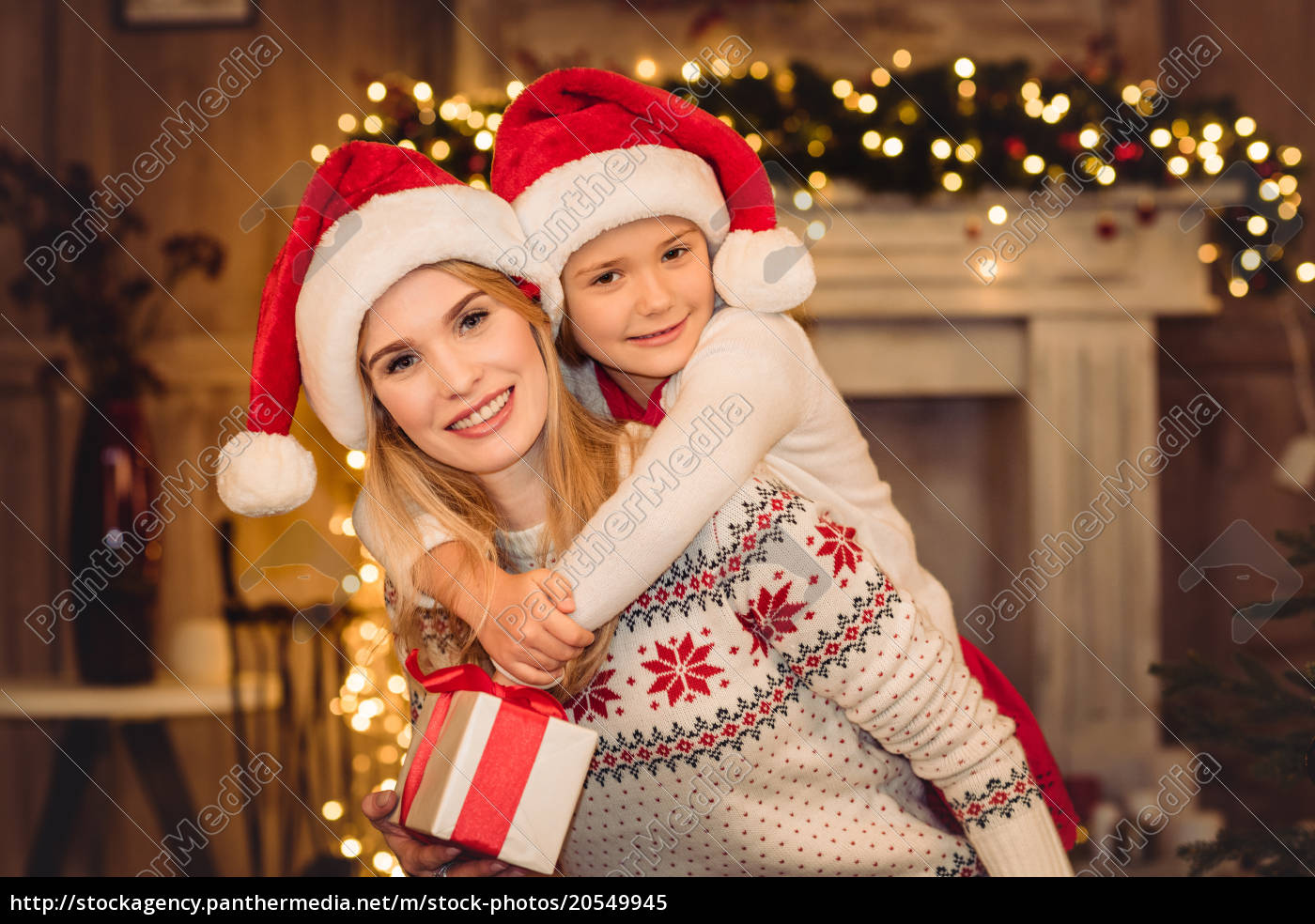 happy, mother, and, daughter, in, santa - 20549945