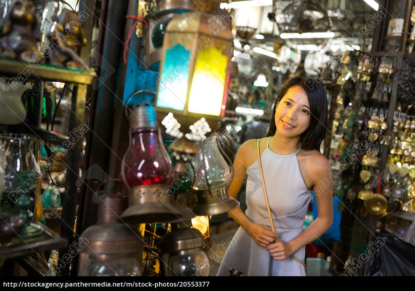 woman, shopping, in, bangkok, street, market - 20553377