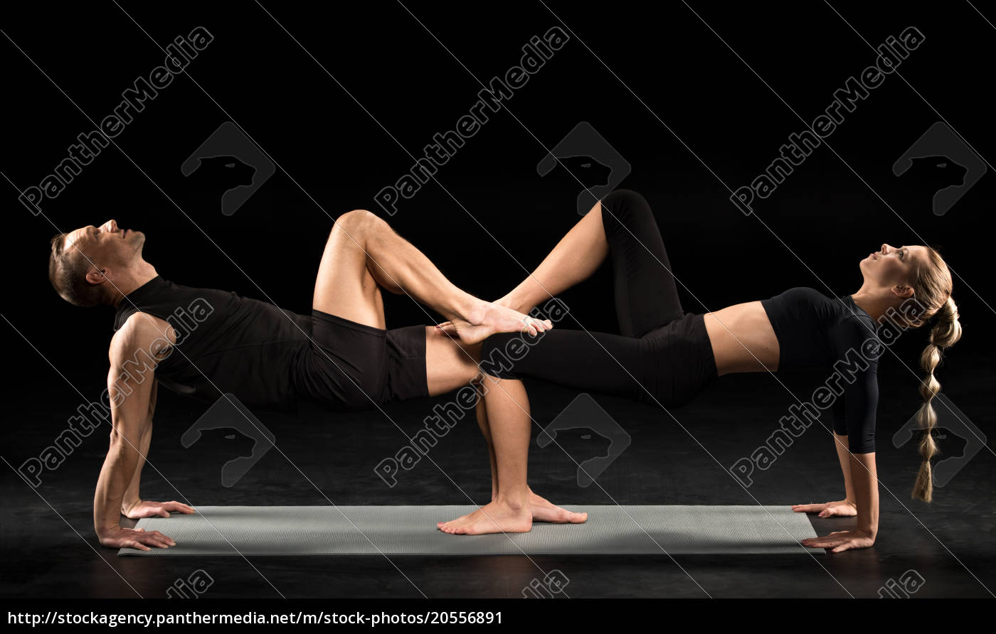 couple, performing, acroyoga - 20556891