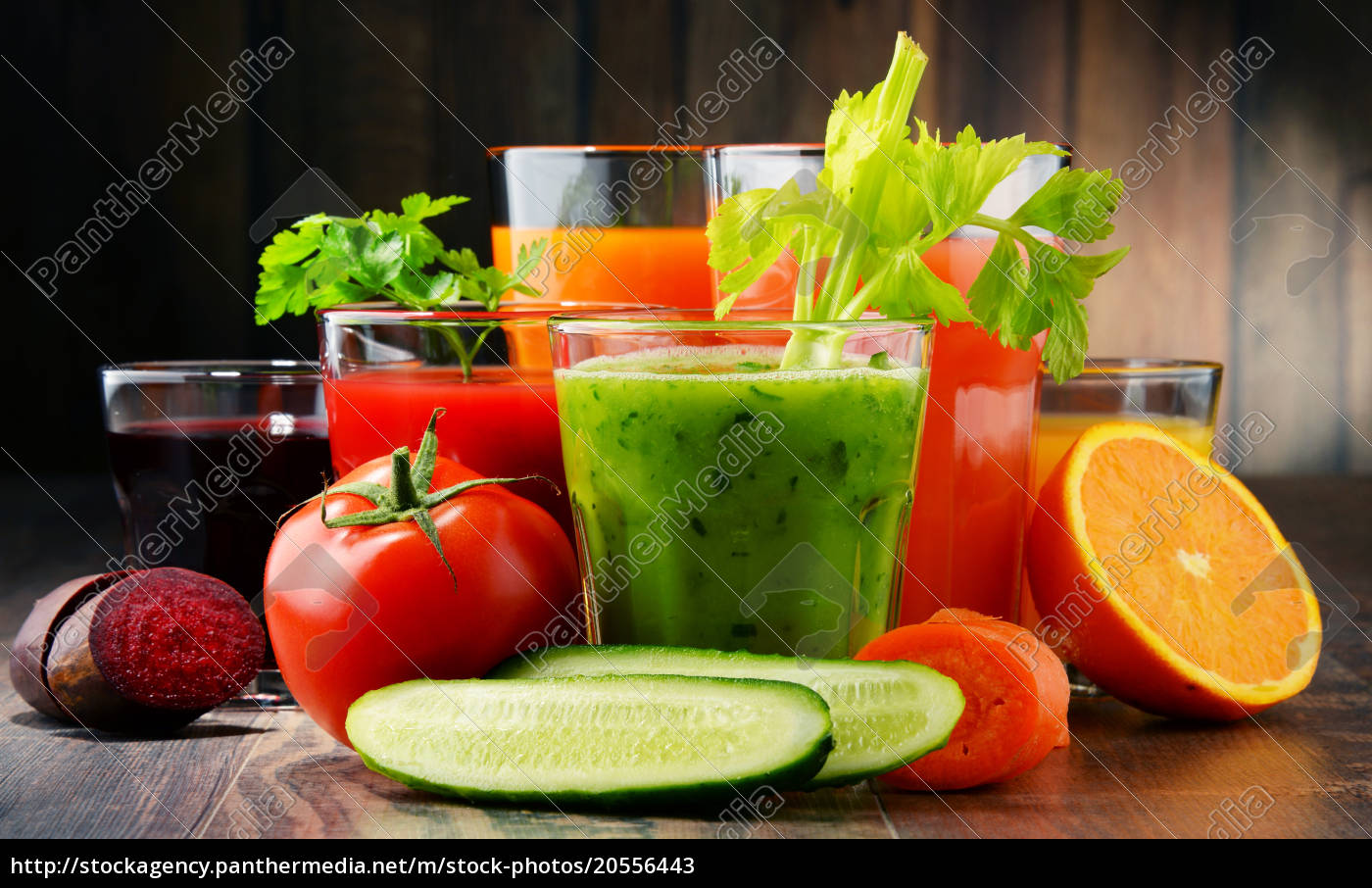 glasses, with, fresh, organic, vegetable, and - 20556443