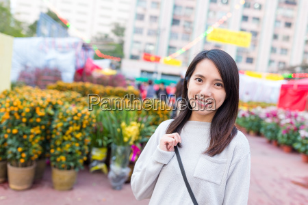 woman, go, chinese, market, in, lunar - 20557917