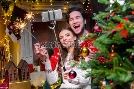 couple, taking, selfie - 20558729