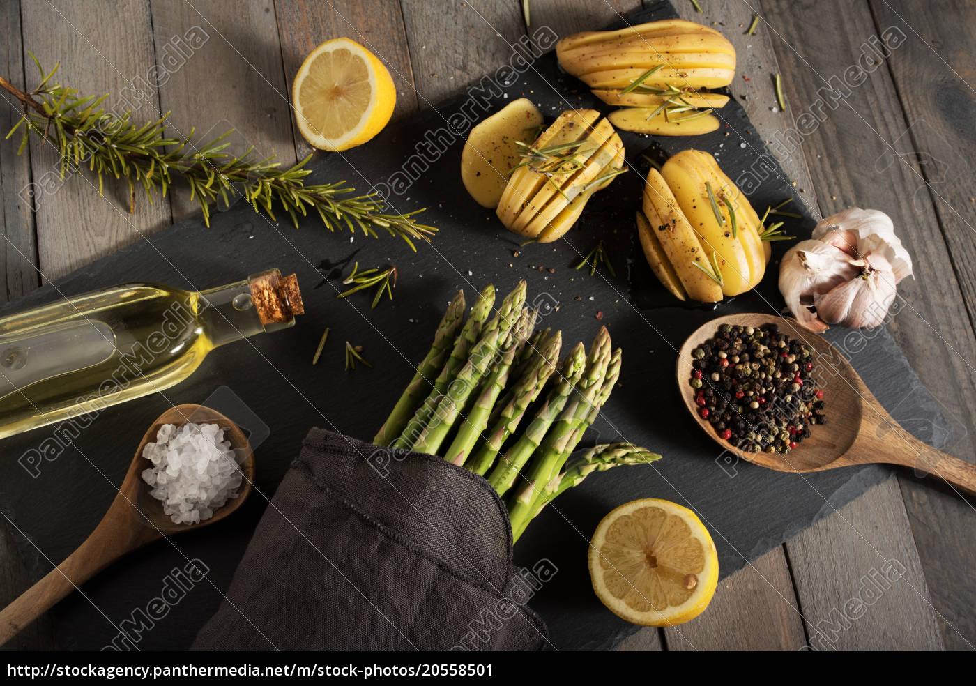 food, decoration, with, asparagus - 20558501