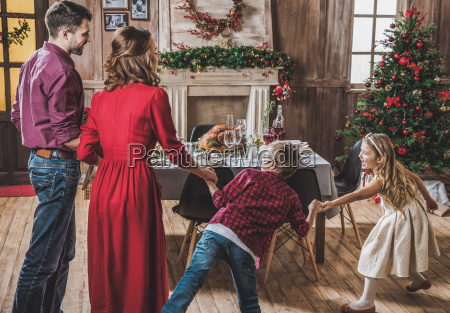 happy, family, holding, hands - 20559299