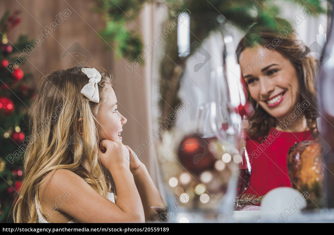 mother, and, daughter, at, holiday, table - 20559189