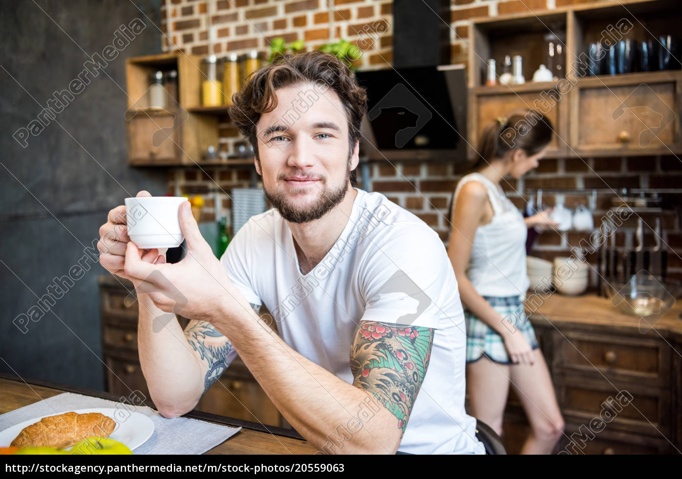 smiling, man, drinking, coffee - 20559063