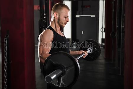 man, lifting, barbell - 20562823