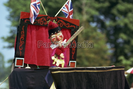 punch and judy show england united