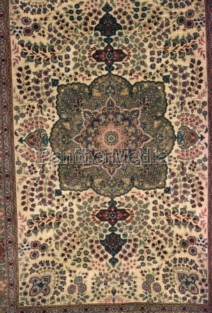 mughal floral pattern woven in rug