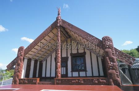 tamatekapua maori meeting house whare whakairo